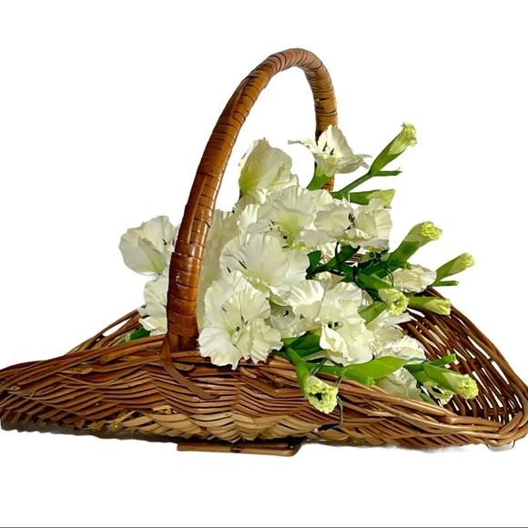 Vintage XL Flower Gathering Fireside Oval Basket